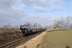 Asse-Bummler kurz vor Wolfenbüttel auf Deutschlands erster Staatsbahn (Foto: Thomas Splittgerber)